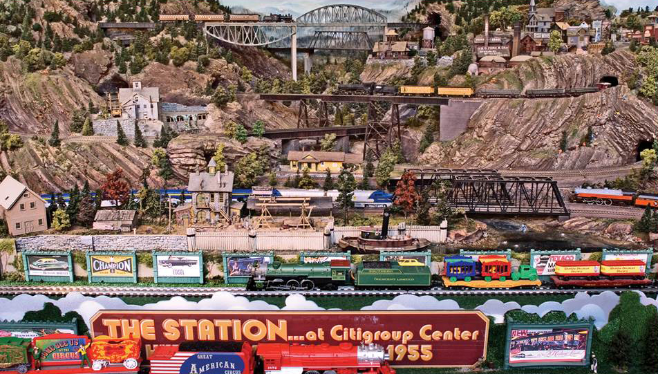 Custom Model Railroad Layouts
