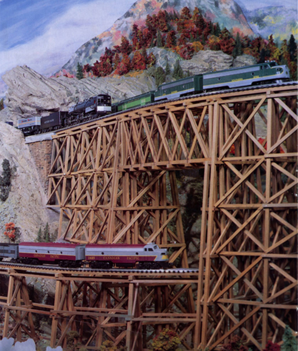 LONG TRAINS_CUSTOM MODEL RAILROAD LAYOUTS